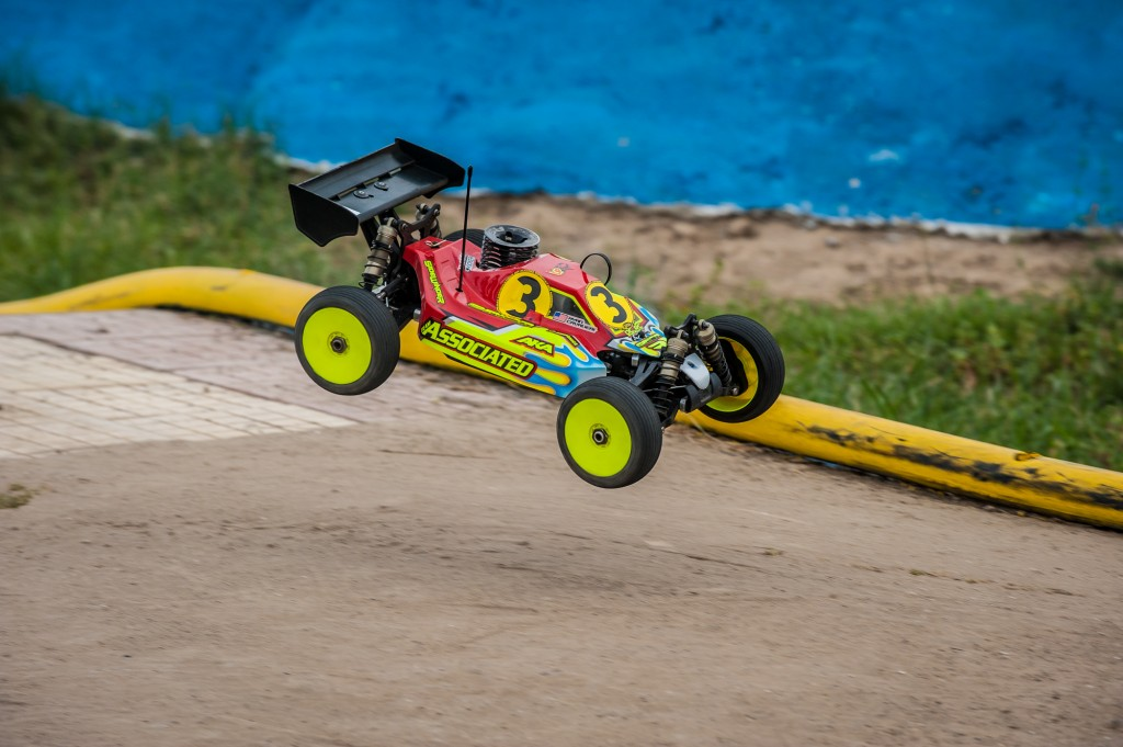 Ryan Cavalieri has been driving the buggy with solid results. He narrowly missed TQ'ing the 4th round.