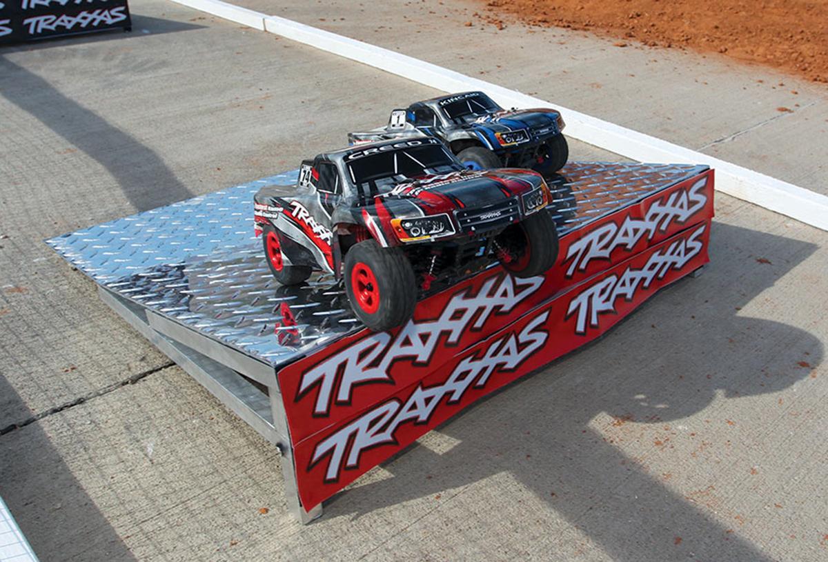 760441-track-4CR19240
