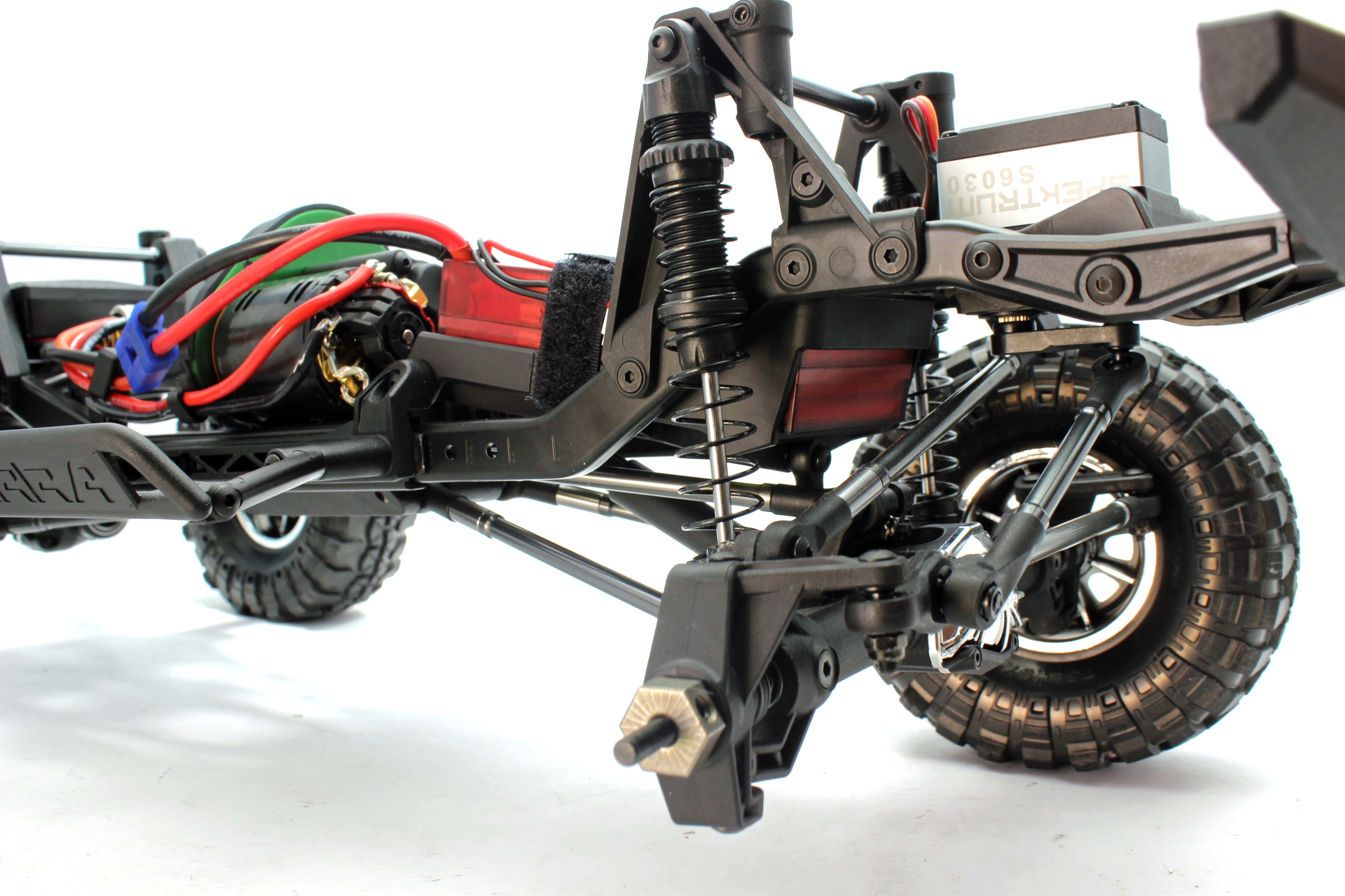 4 wheel drive rc trucks with Kevs Bench Vaterra Ascender Sneak Peak on 1985 Chevrolet K5 Blazer as well New 2018 Chrysler Pacifica Murfreesboro Tn 2c4rc1gg3jr174479 likewise 391353726608 together with Lego Technic Monster Truck 42005 as well Gas Powered Rc Monster Truck 110 2 4g Hummer Remote Control Car.