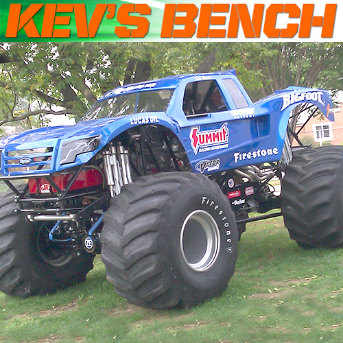 We Need More Solid Axle Monster Trucks!