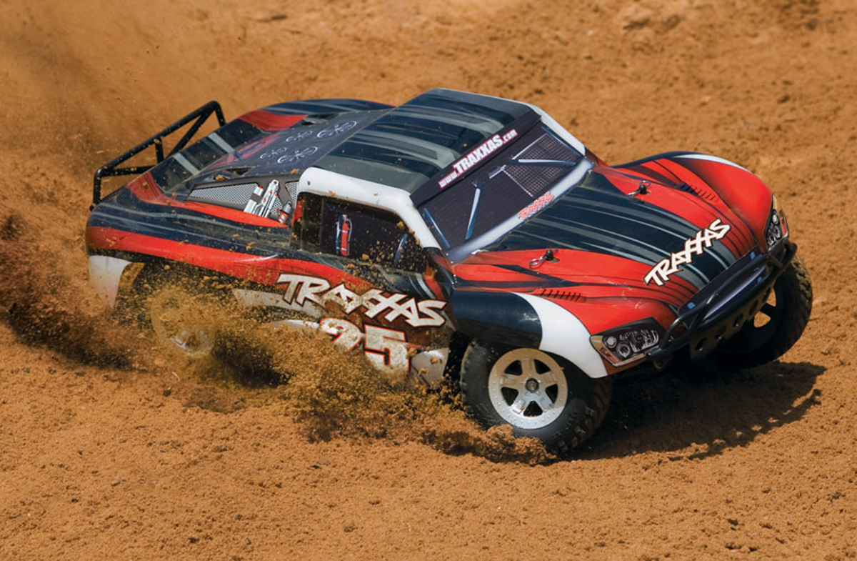 Traxxas Slash, short course, off-road