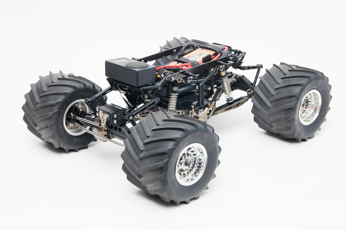 Axial R C : Axial needs to build this solid axle monster truck