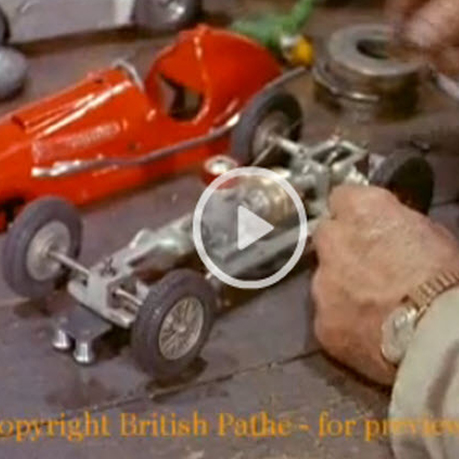 Gas-Powered 1/16 Slot Cars in 1956–Say What Now? [VIDEO]