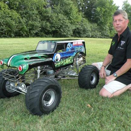 Kevin Holmlund's Incredible Conley V8-Powered 1/4 Scale Grave Digger Monster Truck [VIDEO]