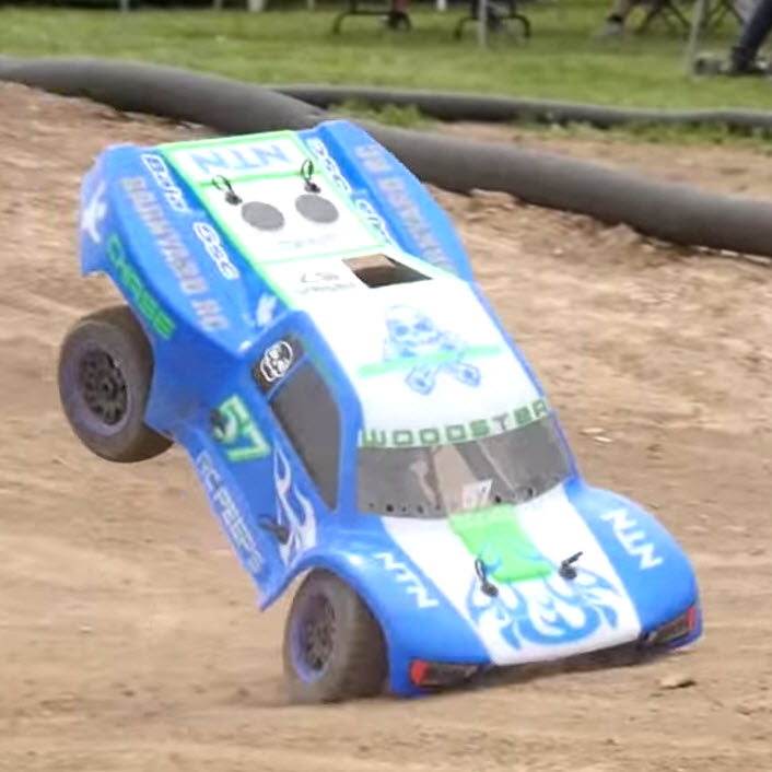 1/5 Scale Trucks Racing & Wrecking In Slow-Mo [VIDEO]