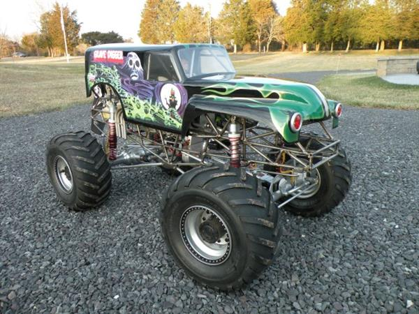 Kevin Holmlund's Incredible Conley V8-Powered 1/5 Scale Grave Digger Monster Truck