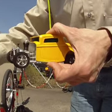 World's Smallest Nitro Powered RC Car? [Video]