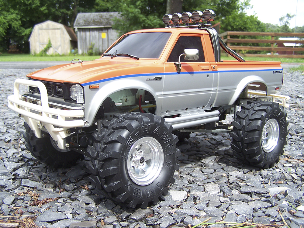 Tamiya Mountaineer, Toyota Hilux, high-lift, RC, Monster Truck, Reader's Ride, Futaba, IMEX