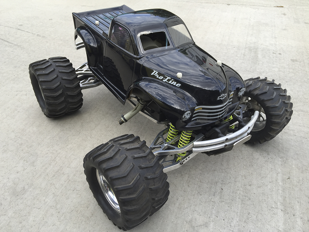 Maxxed out Traxxas T-Maxx by Rob DeLeon [Reader's Ride]