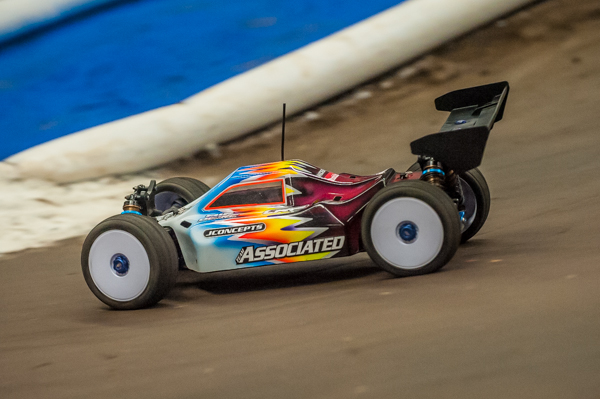 Team Associated had their new RC8B3-E at the track and should be shipping any day. Steven Hartson's buggy shown.
