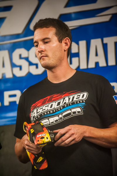 Team Associated's Ryan Cavalieri sits in second on the grid in both 2WD and 4WD buggy, but his consistent driving could help him move up to the front in the very anticipated battles about to ensue.