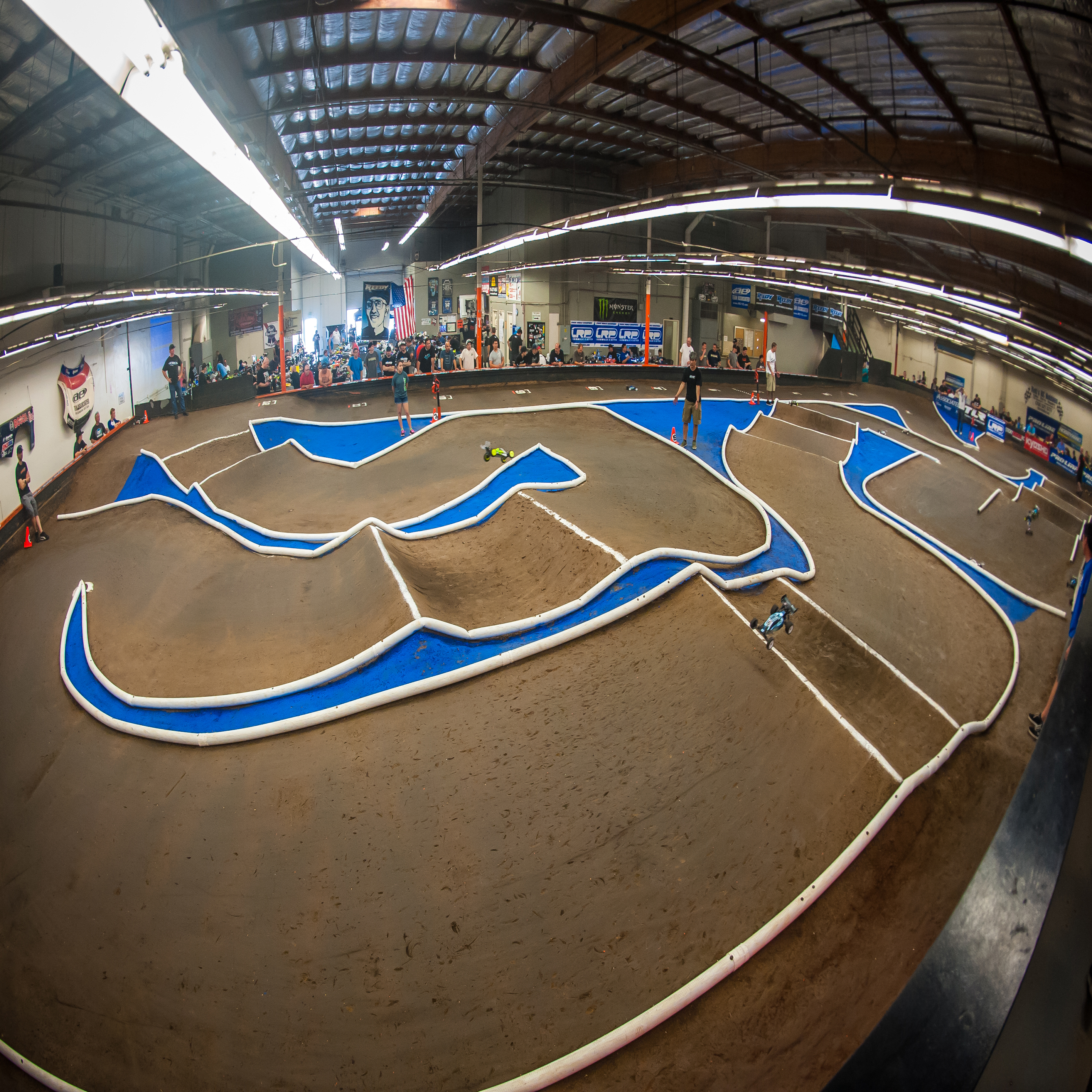 2015 Pro-Line Surf City Classic: Things Are Under Way