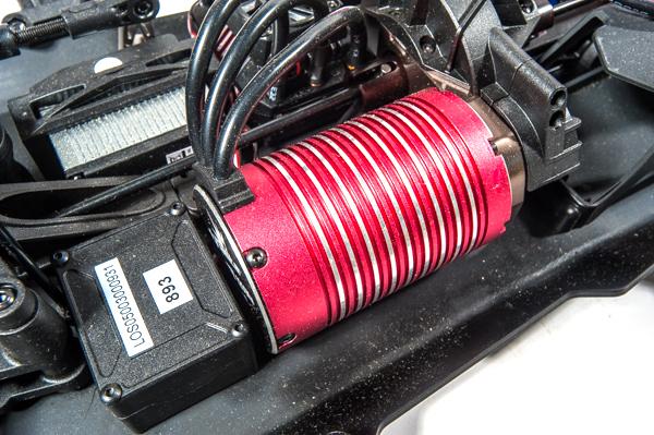Losi Audi R8 LMS Ultra FIA-GT3 AWD RTR motor