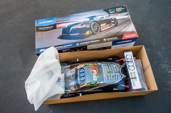 Losi Audi R8 LMS Ultra FIA-GT3 AWD RTR box lid open