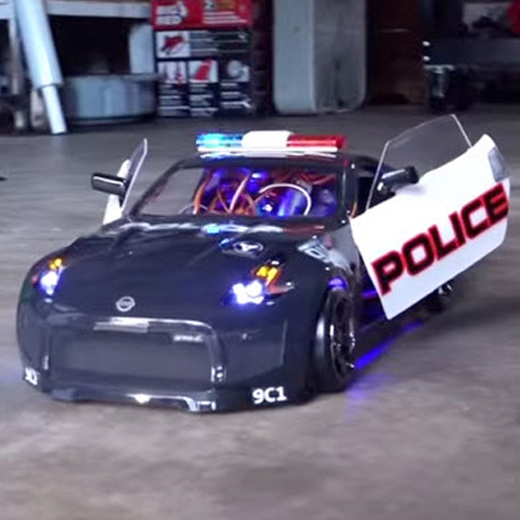 Watch This Nissan 370Z Get Police-ified [VIDEO]