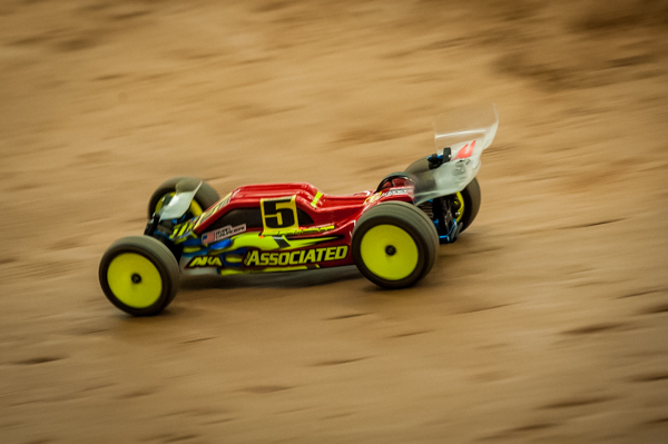 Ryan Cavalieri destroyed the field with his B5M to take TQ and the National Title to give the buggy its first big event win since its debut.