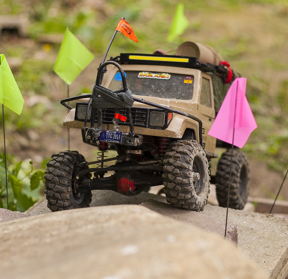 Axial SCX10 Honcho, Land Cruiser UTE, MIP driveshafts, 3-D printed, scale, RC, offroad