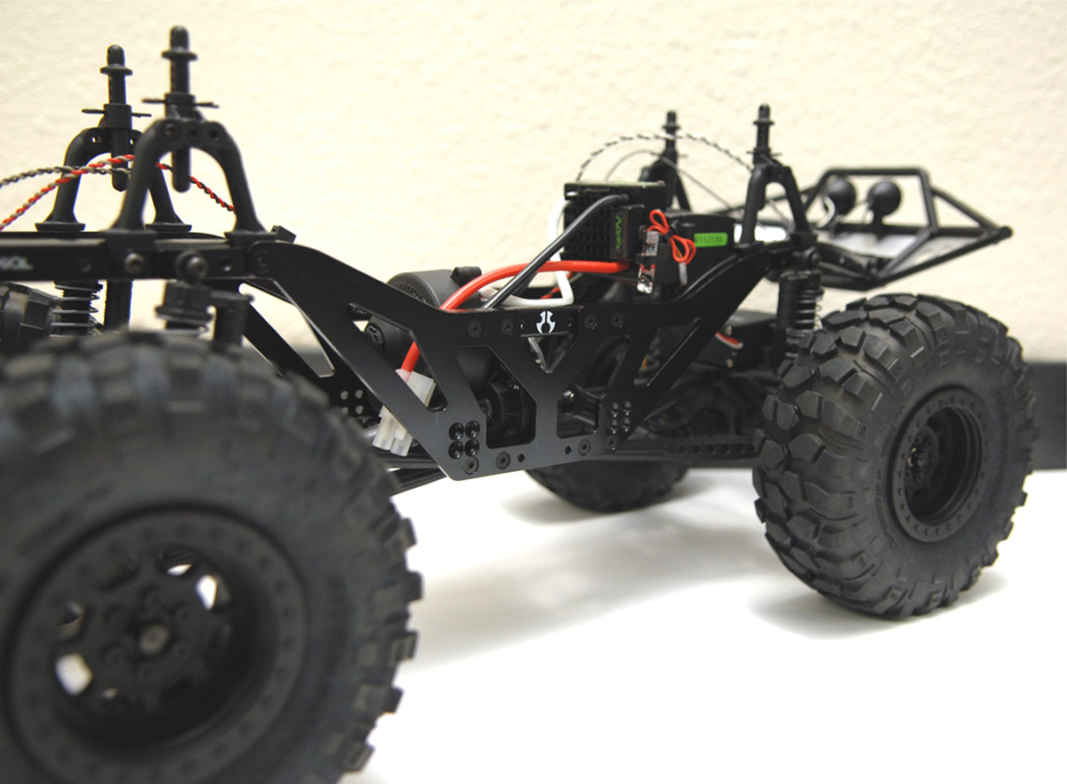 STRC Sneak Peek High-Lift SCX10 Chassis
