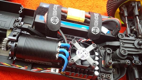 Novak XT90 4.5mm Polarized Connectors (2)