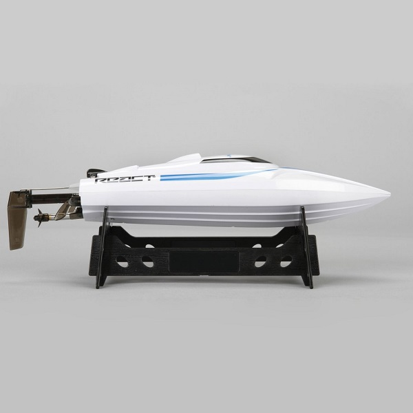 Pro Boat RTR React 9 Self-Righting Brushed Deep-V (5)
