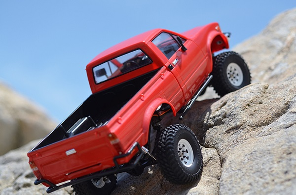 RC4WD Trail Finder 2 RTR With Mojave II Body Set (3)