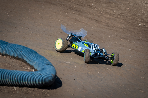 TLR's Kevin Motter is one of the Factory Drivers using modern equipment including the new 22 3.0.