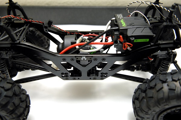 ST Racing Concepts Aluminum Lift Kit For The Axial SCX10 (1)