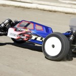 Team Loso Racing TLR 22 30 2WD buggy  3