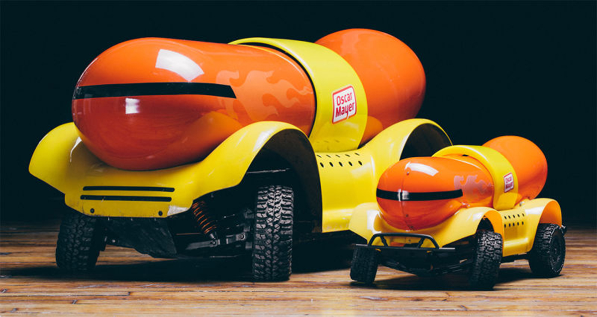 Oscasr Meyer Weinermobile