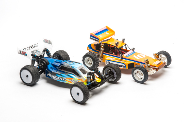 The B5M Lite and RC10 Classic; two buggies that span over three decades of off-road racing.