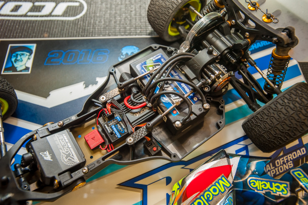 One major modification Travis is doing to the buggy, is converting it so that he can run his shorty pack in the transverse configuration. This gives the buggy different weight bias and allows his electronics to be placed in line. For power he uses a Maclan 6.5T brushless motor.