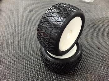 AKA 2.2″ Crosslink 1/10 Buggy Tires