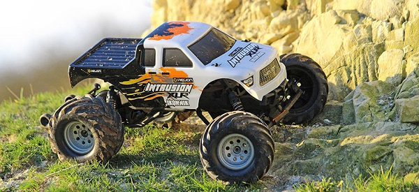 Helion RTR Intrusion XLR 1_10 Monster Truck (7)