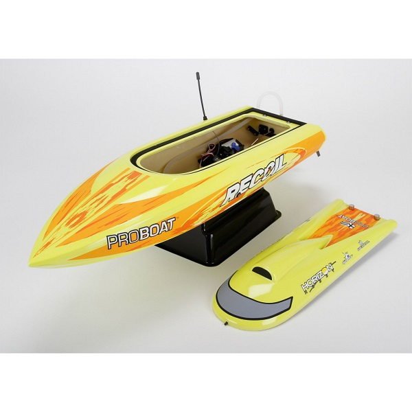 Pro Boat RTR Recoil 26-inch Self-Righting Brushless Deep-V (8)