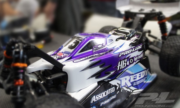 Pro-Line Type-R Clear Body For The HB D216 (1)