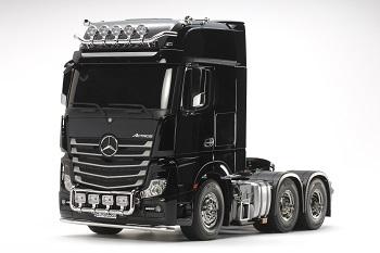Tamiya 1/14 R/C Mercedes-Benz Actros 3363 6×4 GigaSpace