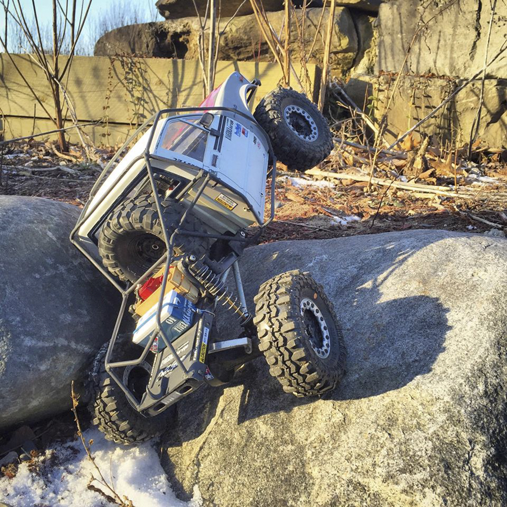 Axial SCX10 Custom Honcho by Adam Hoover [READERS RIDE]