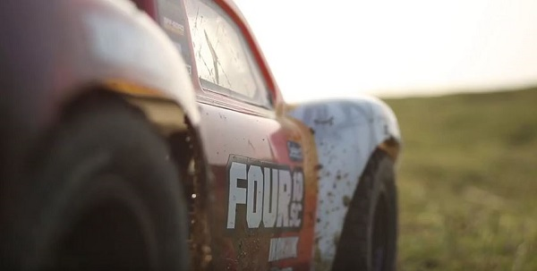 Roosts and Dirt Flying with the Helion Select Four 10SC [VIDEO]
