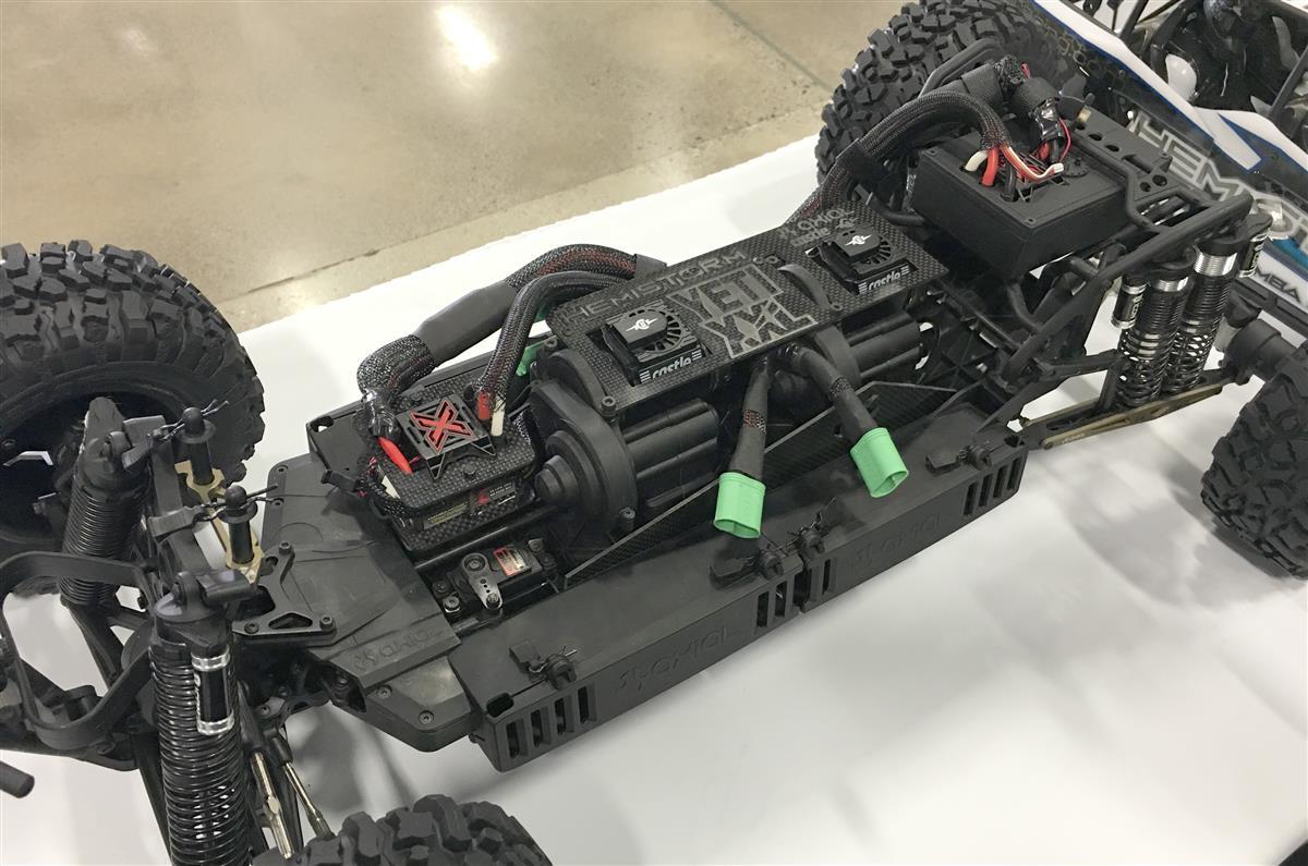 HemiStorm 4-seater Axial Yeti XL RCX_5