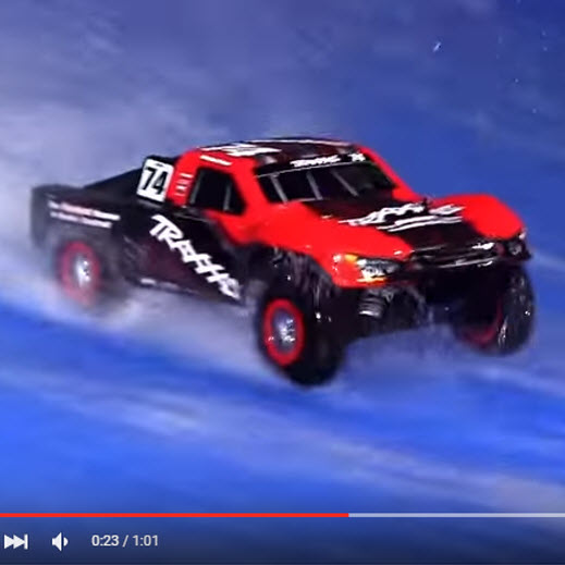 Indoor Hydroplaning With a Traxxas Slash Is Nuts [VIDEO]
