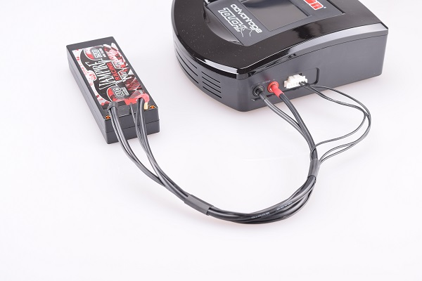 Vampire Racing All-black EH And PQ balance Charging Leads (1)