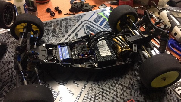 WWHD Laydown Transmission For Team Associated 5M Vehicles (3)