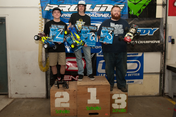 Stadium Truck Podium: Rob Gillespie Jr./ Team Associated 1st, Shane Weed/ Team Associated 2nd, Marshall Patten/ Team Associated 3rd.