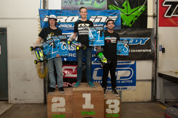 4WD Buggy Podium: Dustin Evans/ TLR 1st, Robbie Gillespie Jr./ Team Associated 2nd, Nathan Bernal/ Team Associated 3rd.