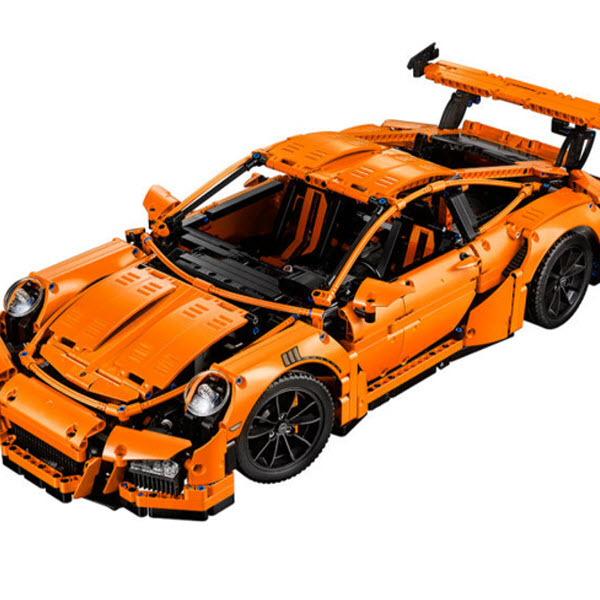 This Thing Is Nuts: Lego's New Porsche 911 GT3 RS [VIDEO]