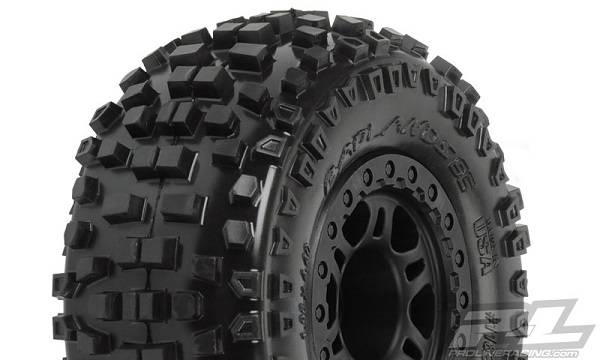 Pro-Line-Badlands-SC-2.23.0-Tires-Mounted-On-Black-Split-Six-Wheels-1