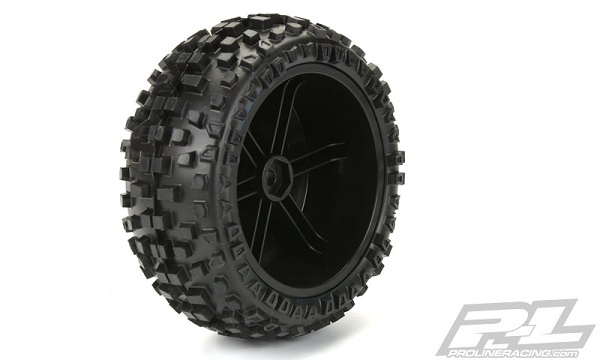 Pro-Line Badlands SC 2.23.0 Tires Mounted On Black Split Six Wheels (3)