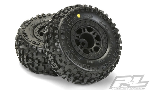 Pro-Line Badlands SC 2.23.0 Tires Mounted On Black Split Six Wheels (4)