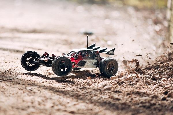 ARRMA RTR 1_8 RAIDER XL MEGA 2wd Desert Buggy (10)