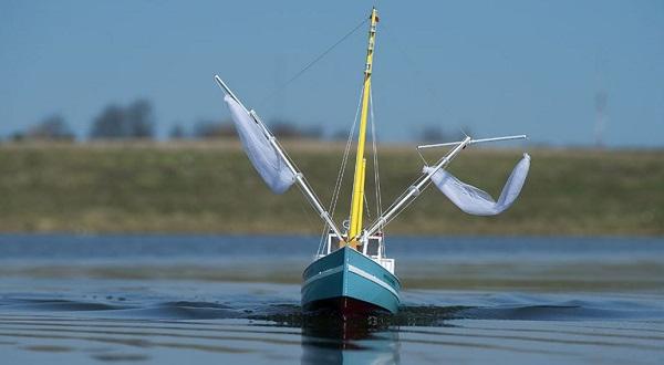 AquaCraft Updates Bristol Trawler With Tactic Radio (2)